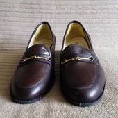 Легкие формальные кожаные туфли - лоферы Elmdale. Англия. 39 р.