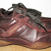 кожаные кроссовки 26.5 см