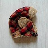 Стильная шапка для мальчика. Внутри флис. H&M. Размер 9-12 месяцев. Состояние: новой вещи