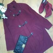 Шикарное пальто бойфренд цвета марсала C&A