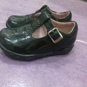 Фирменные туфли clarks