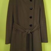 Пальто деми еврозима 48 р-р, состояние нового. Одевалось один раз на торжество, похудела, велико ста