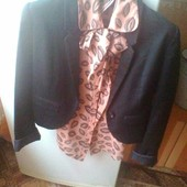 Классный, модный пиджак