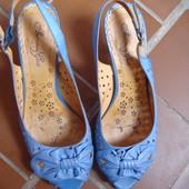 Босоножки голубые 38,5 (25,5см) натур. кожа