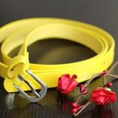 Ремень желтый лакированный 2 разм. Tchibo Германия 105х1,5 и 118,1,5см см