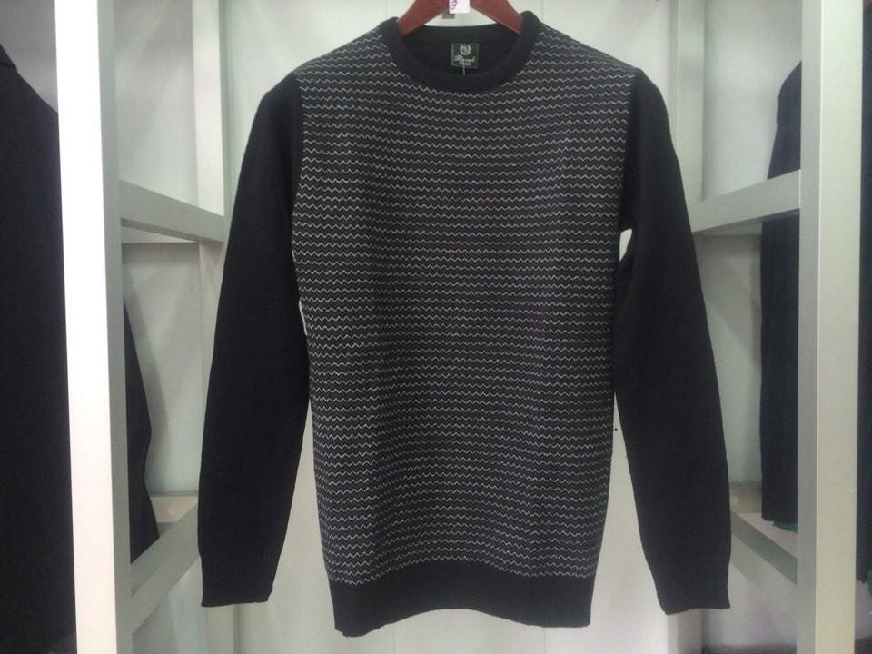 Мужской свитер Burak черный фото №1