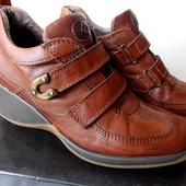 Кожаные фирменные сапоги  Slash италия
