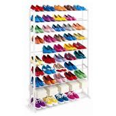 полка на обувь вмещает около 50 пар