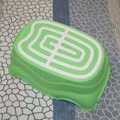 качественная подставка табурет под умывальник, унитаз в виде машынки