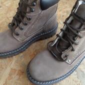 Зимние фирменные ботинки AM shoe company(Германия) 40-41 р.