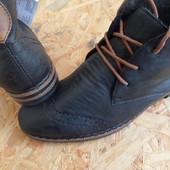 Фирменные  зимние ботинки Rieker размер 39 длина стельки-25 см