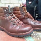 Ботинки треккинговые р-р. 42-42.5-й (27.5 см)