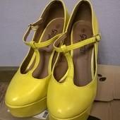 New Look туфли яркие желтые удобные! 39 р-р