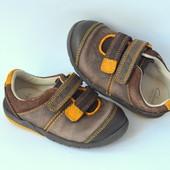 Ботинки, кроссовки кожа Clarks (21W размер)