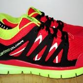 фирменные кроссовки 27.5 см