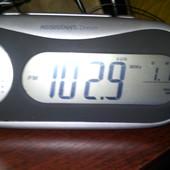 Часы, радио с проектором. Новые