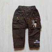 Стильные штаники для мальчика. Внутри на флисовой подкладке. Деми сезон. Размер 6-9 месяцев