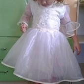 Дуже гарне плаття на дівчинку 2-3 роки