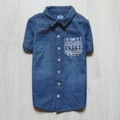 Стильная джинсовая тенниска для мальчика. F&F. Размер 5-6 лет. Состояние: новой вещи