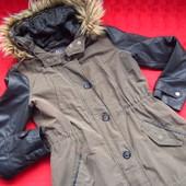 Фирменная стильная куртка,осень-тёплая зима,отличное состояние