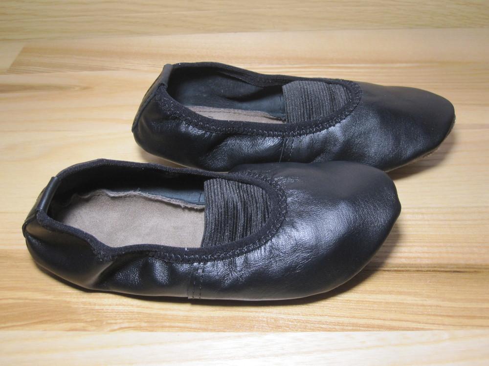 Чешки шкіряні чорні запоріжжя україна, розміри 135-255. чешки кожаные черные фото №1