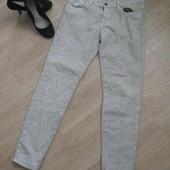 джинсы стильные