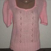 Симпатичный свитерок р-р 44-46