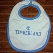 Брендовый слюнявчик Timberland
