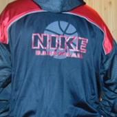 Стильная оригинал  спортивная курточка мастерка Nike.хл-2хл .