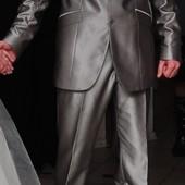 Продам мужской нарядный костюм!!!