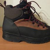 ботинки шикарные фирменные Sorel Канада р.38