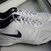 Мужские кроссовки Nike T-Lite для тренировок 41 размер новые
