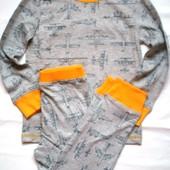 Пижама Mothercare  рост 110 см  на 4 - 5 лет.
