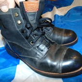Стильние  брендовие кожание ботинки  сапоги сапожки деми  Levi's (Левис)