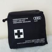 Аптечка в авто Audi Германия
