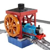 Моторизированная железная дорога Томас от Fisher Price