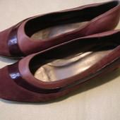 Фирменные кожаные туфли на 41 размер в идеале