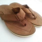 Кожаные новые вьетнамки американского бренда Quiksilver 43 р.