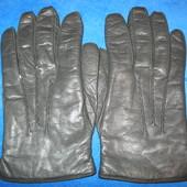 Отличные, мужские, кожаные перчатки.