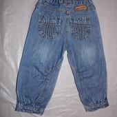 р. 86-92, 18-24 мес. хорошенькие джинсы джинсики на манжете без недостатков