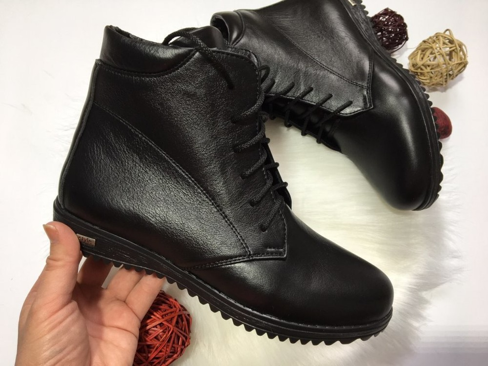 Женские демисезонные ботинки, кожаные, замшевые фото №1