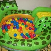 детский игровой центр с горкой и бассейном интекс