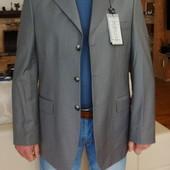 Итальянский шерстяной пиджак серый. 50 размер.