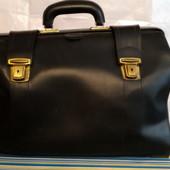 Саквояж (сумка, чемодан) дорожный