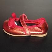 21 Кожаные туфельки Zara  для модной леди