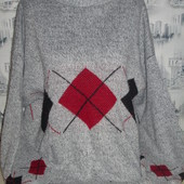 Симпатичный теплый свитер на пышненькие формы