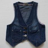 Жилетка безрукавка джинсовая синяя на девочку рост 140-146 см