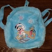 меховой рюкзак Minnie Mouse  27*20 см. глубина - 7,5 см