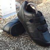 Кроссовки на липучках р-р. 38-й (24 см)