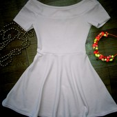 Нарядное,стильное платье New Look на 10-11лет(140-146см)!!!